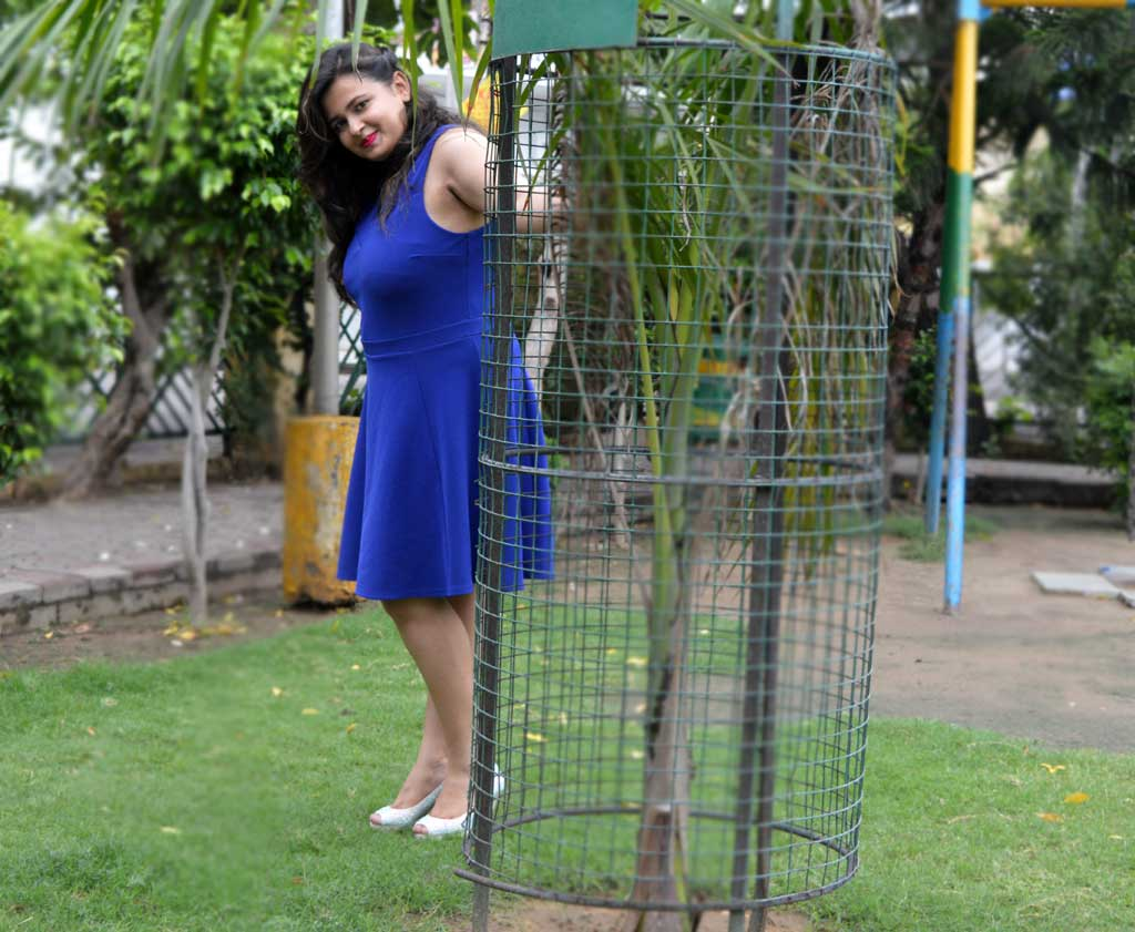 How to style s Blue Dress